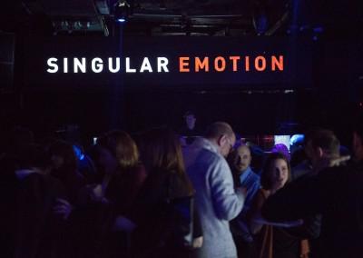 Singular Emotion 1W4A9810
